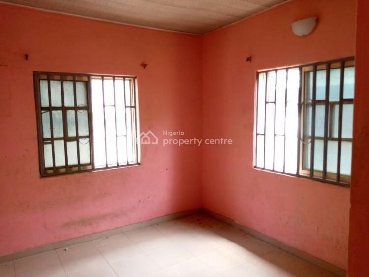 a Neat Mini Flat Upstairs, Bucknor Estate, Oke Afa, Isolo, Lagos, Mini Flat for Rent