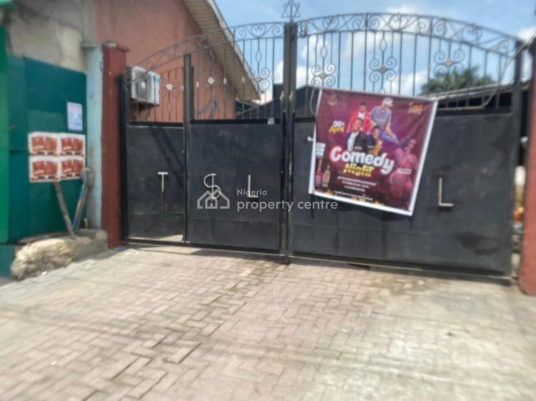 Resturant and Bar, Oke-ira Kekere Bus-stop, Along Addo Road, Ajah, Lagos, Restaurant / Bar for Sale