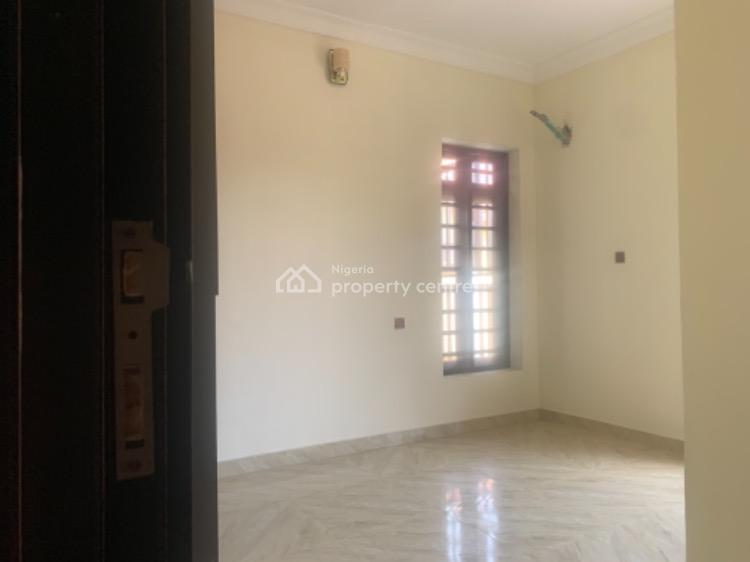 Spacious 3 Bedroom Apartment Available, Ikate, Lekki, Lagos, Flat for Rent