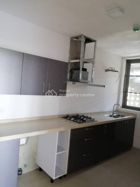 Serviced Spacious 3 Bedroom Apartment Available, Igbo Efon, Lekki Phase 2, Lekki, Lagos, Flat for Rent