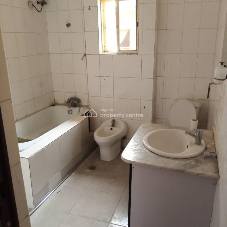 3 Bedroom Flat with Massive Sitting Room and Bedrooms., Ikate Elegushi, Lekki, Lagos, Flat for Rent