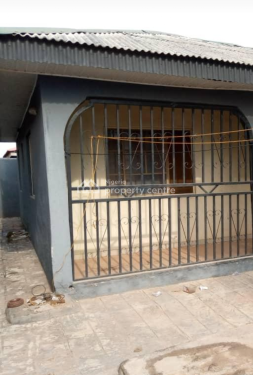 Relatively New Block of Flats, Adiyan - Agbado Crossing, Ifo, Ogun, Block of Flats for Sale
