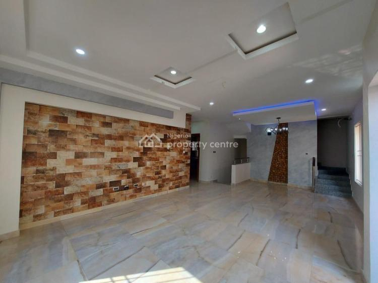 5 Bedrooms Unique Terraced Residence with Masterfully Designed Interior, Lekki Phase 1, Lekki, Lagos, Terraced Duplex for Sale