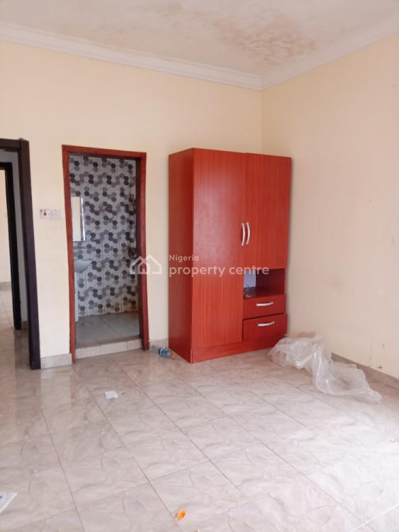 Lovely 2 Bedroom Flat Upstairs, Before The Shoprite, Sangotedo, Ajah, Lagos, Flat for Rent