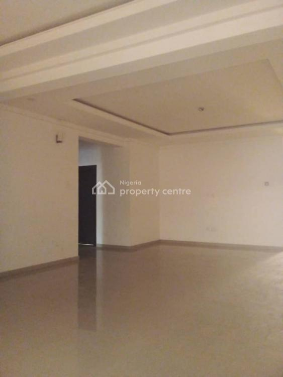 3 Bedrooms Flat with 1 Room Bq, Off Ligali, Victoria Island (vi), Lagos, Flat for Rent
