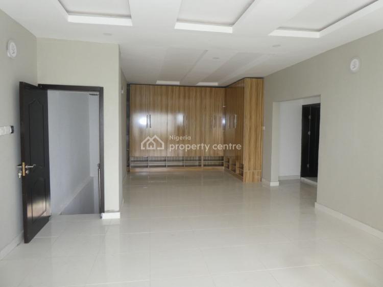 State-of-the-art Beachfront Villa in an Estate, Pinnock Beach, Osapa, Lekki, Lagos, Detached Duplex for Sale