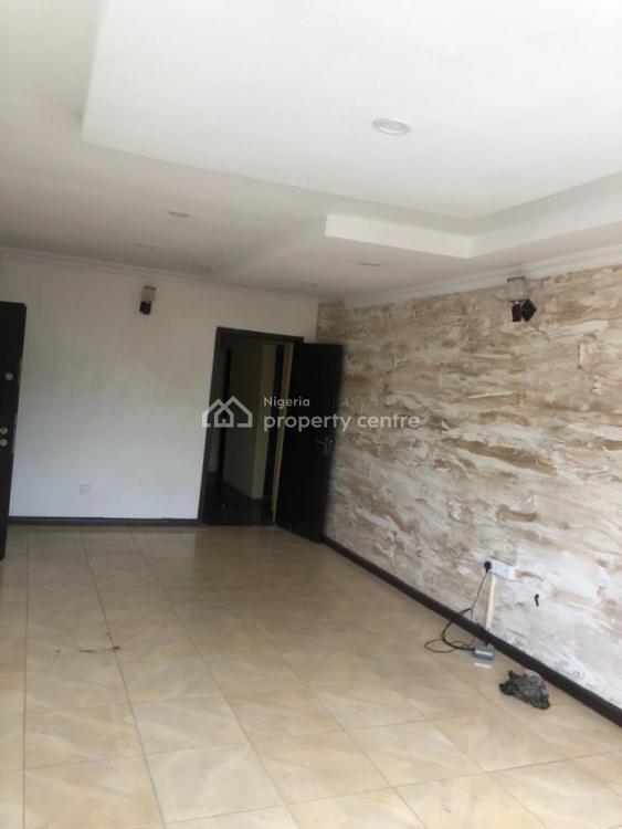 Newly Refurbished 3 Bedroom Flat Upstairs, Mercy Eneli Off Adelabu Street, Surulere, Lagos, Flat for Rent