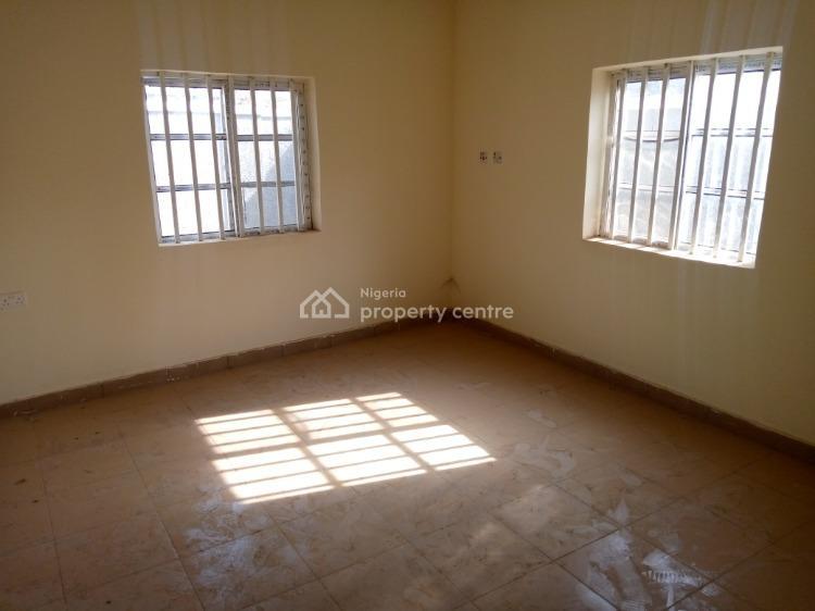 Clean 2 Bedroom Flat, Estate, Gwarinpa, Abuja, House for Rent