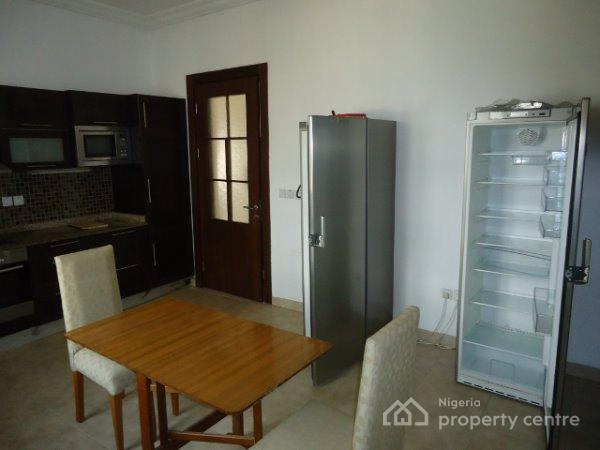 For rent 3 bedroom fully furnished apartments 8 units One bedroom fully furnished apartments