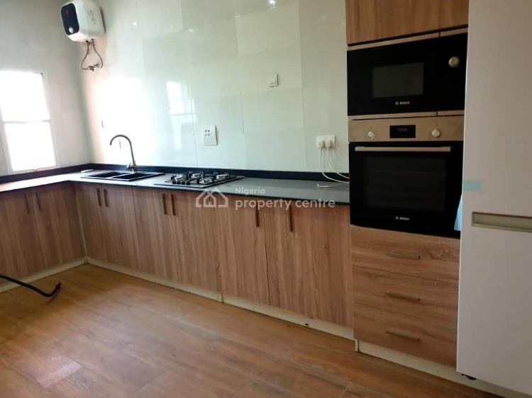 6 Bedrooms Detached House with Bq, Isheri - Magodo, Isheri, Lagos, Detached Duplex for Sale