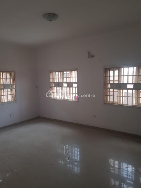 Luxury & Standard 2 Bedroom Flat in a Serene Environment, Off Tokunbo Macaulay Magodo, Gra Phase 2, Magodo, Lagos, Flat / Apartment for Rent