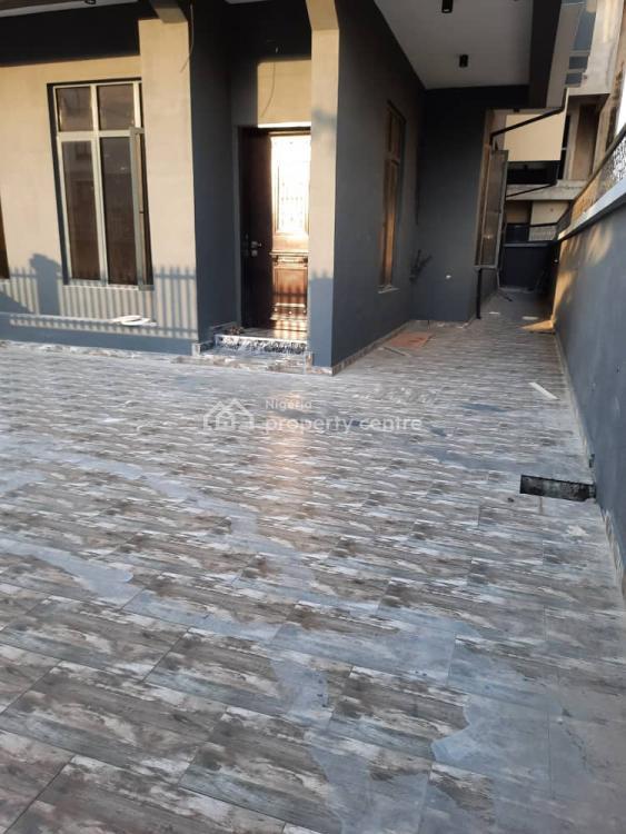 5 Bedrooms Semi Detached House with Bq, Off Palace Road, Oniru, Victoria Island (vi), Lagos, Semi-detached Duplex for Sale