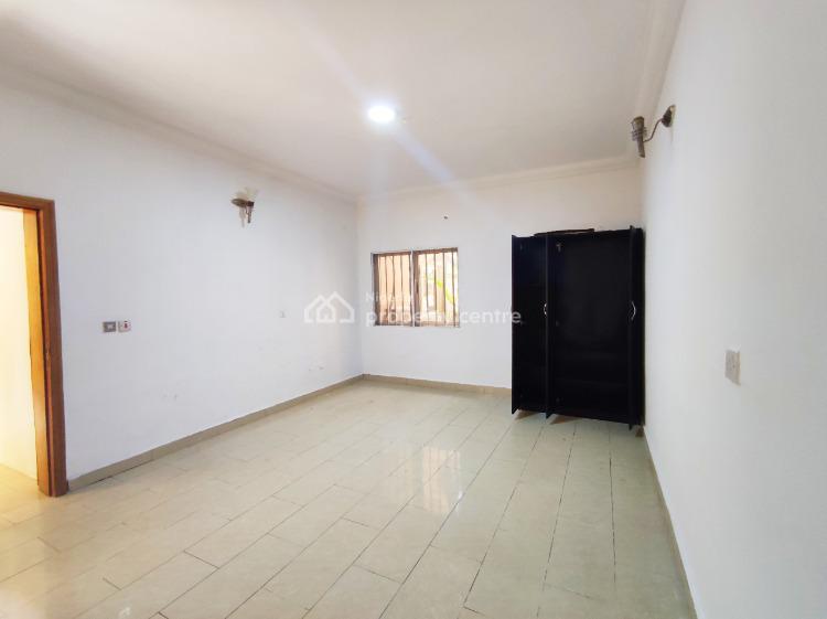 Well Maintained Studio Apartment with Generator, Lekki Phase 1, Lekki, Lagos, Mini Flat for Rent