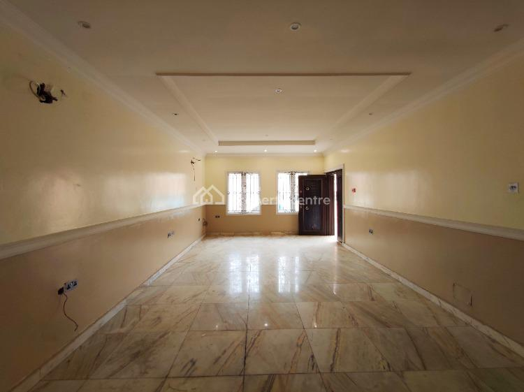 Well Maintained 4 Bedroom Duplex with Bq. Swimming Pool, Lekki Phase 1, Lekki, Lagos, Terraced Duplex for Rent