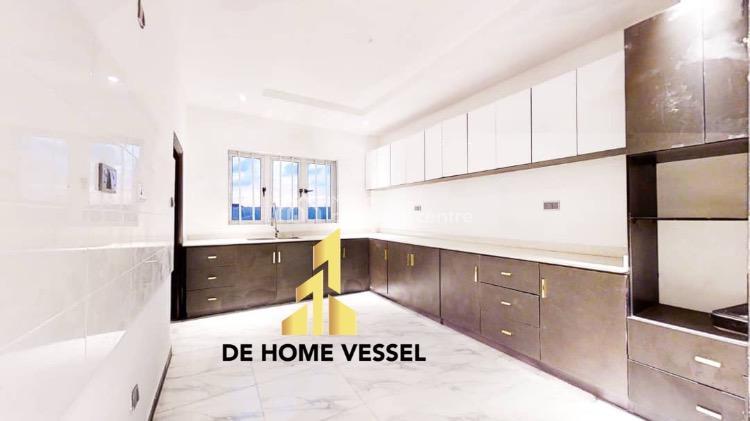 Dazzling 3 Bedroom Penthouse with Bq, Lekki Phase 1, Lekki, Lagos, Block of Flats for Sale