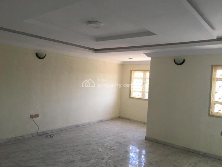 Beautiful 3 Bedrooms Flat, Itolo Street, Surulere, Lagos, Flat / Apartment for Rent