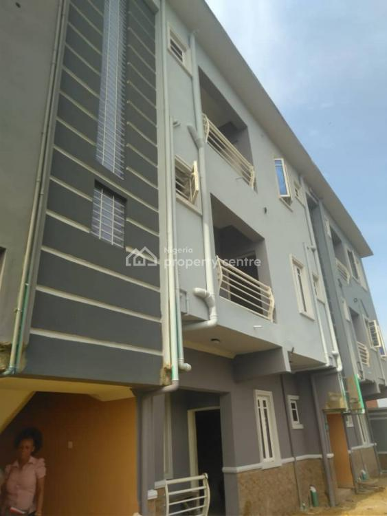 Clean and Standard Room Self Contain, Off Market Street, Onipanu, Shomolu, Lagos, Flat / Apartment for Rent