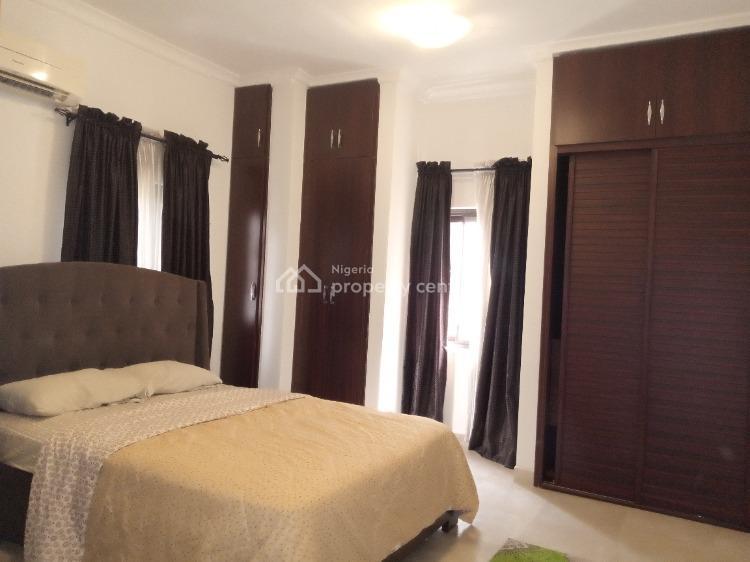 Four Bedrooms Flat, Off Bourdillon Road, Ikoyi, Lagos, Flat / Apartment Short Let
