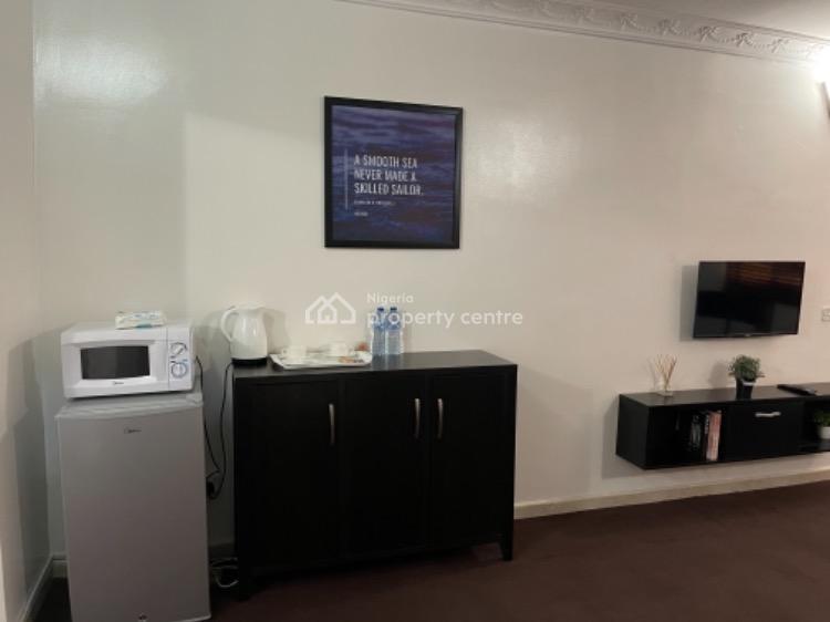 Cozy Studio Apartment, Off Ap Plaza, Wuse 2, Abuja, Flat / Apartment Short Let