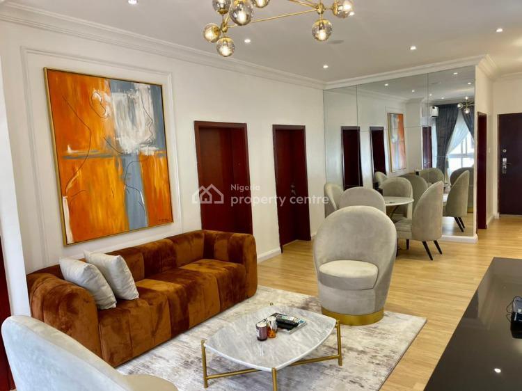 Luxurious 4 Bedroom Apartment, Freedom Way, Lekki Phase 1, Lekki, Lagos, Flat / Apartment Short Let