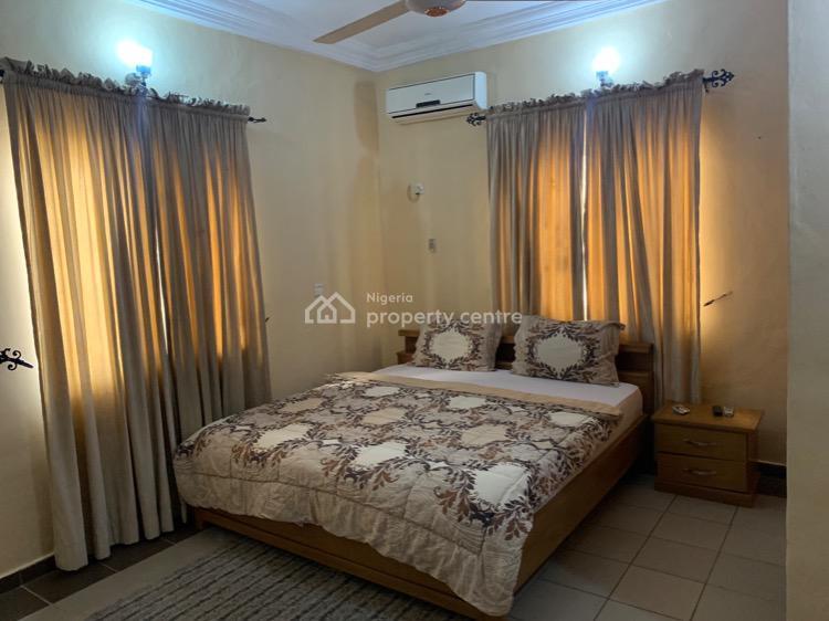 Homey 3 Bedroom Apartment, Gwarinpa, Abuja, Flat / Apartment Short Let