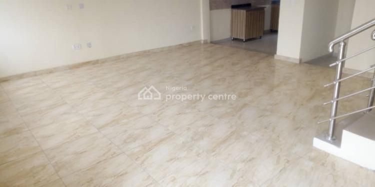 4 Bedroom Massionate, Yaba, Lagos, Terraced Duplex for Sale