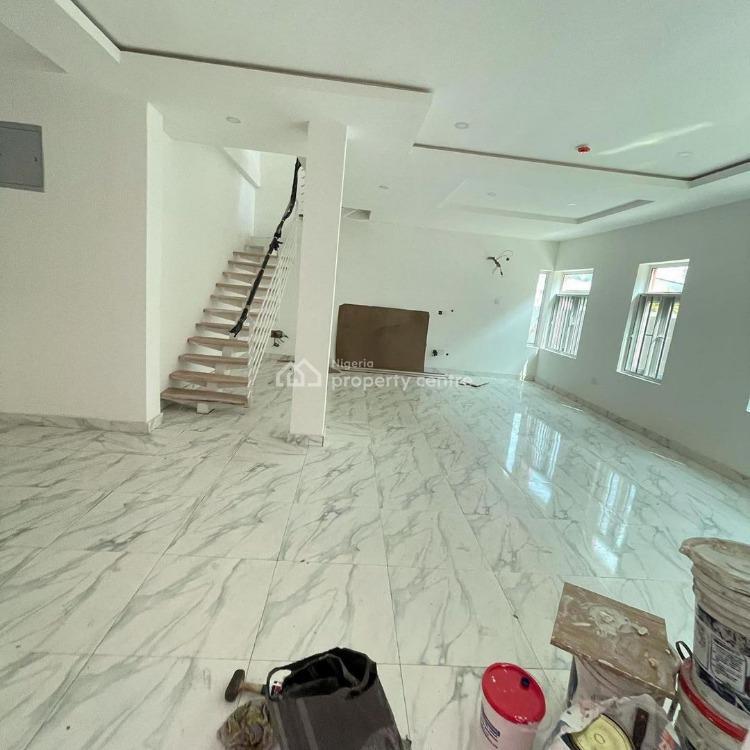 4 Bedroom Semi Detached House, Lekki Phase 1, Lekki, Lagos, Semi-detached Duplex for Sale