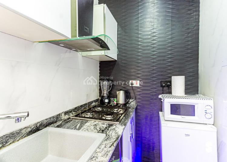 1 Bedroom Flat, Lekki Phase 1, Lekki, Lagos, Flat / Apartment Short Let