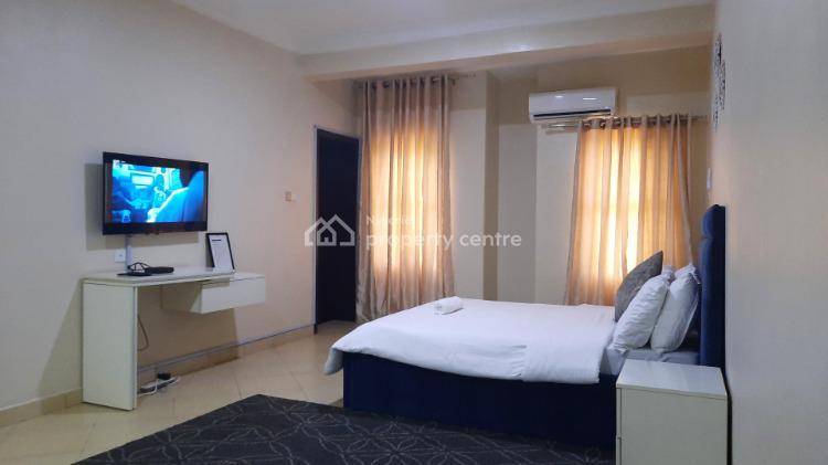 Tastefully Finished 4 Bedroom Semi-detached Duplex Penthouse, Off Admiralty Road, Lekki Phase 2, Lekki, Lagos, Semi-detached Duplex Short Let