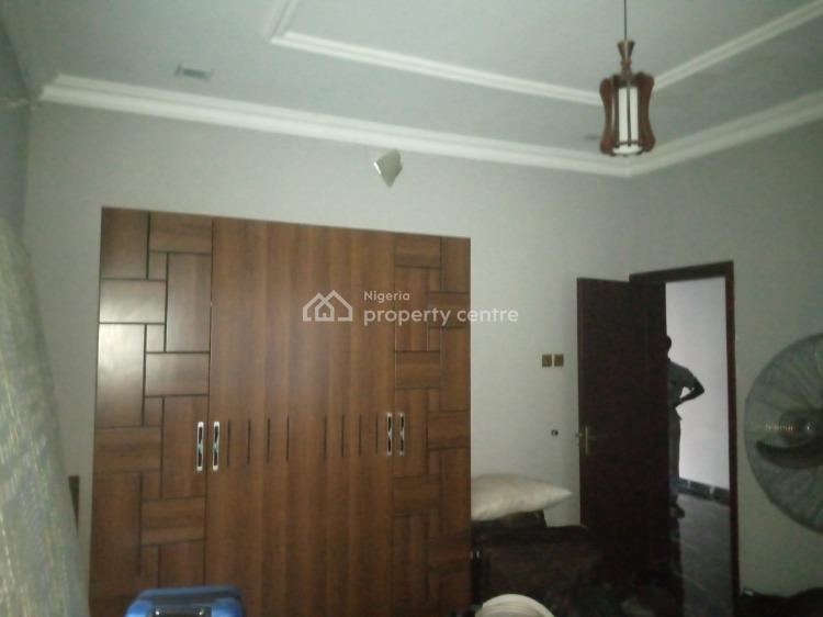Neat 3 Bedroom Flat, Osapa, Lekki, Lagos, Flat for Rent