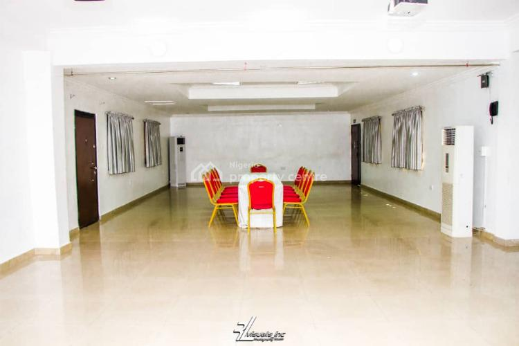 Fully Functional 32 Room Hotel on 2000sqm, Ikeja Gra, Ikeja, Lagos, Hotel / Guest House for Sale