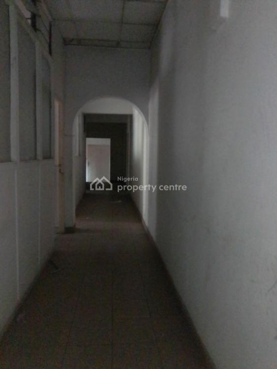 14rooms Open Office Space on Apx 670sqm Land, Victoria Island (vi), Lagos, Office Space for Sale