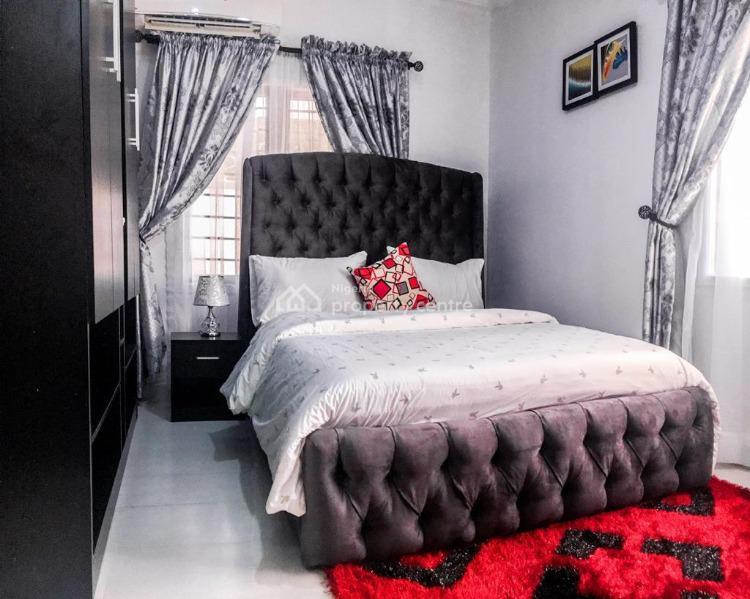Exquisite 2 Bedrooms Apartment, Lekki Phase 1, Lekki, Lagos, Flat Short Let