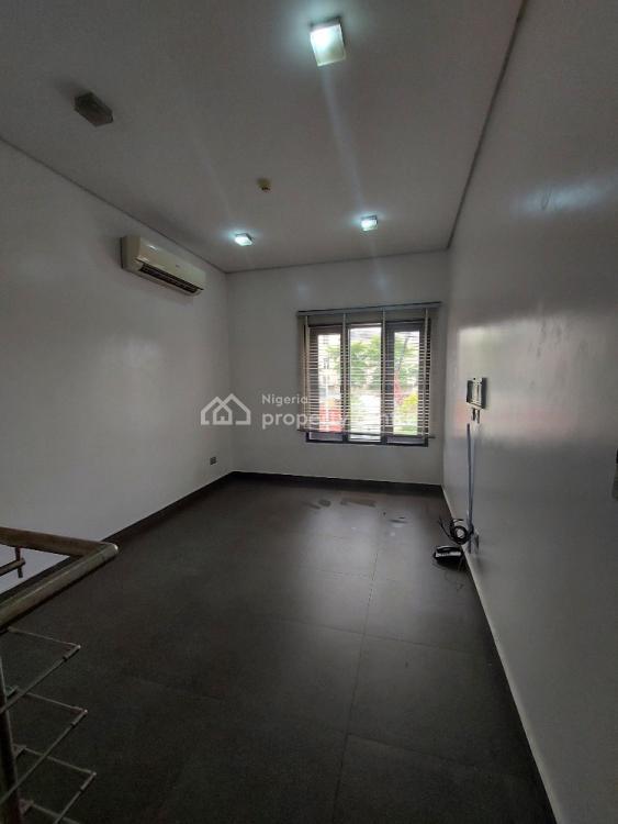 3 Bedroom Terrace in a Serene Location, Banana Island, Ikoyi, Lagos, Terraced Duplex for Rent