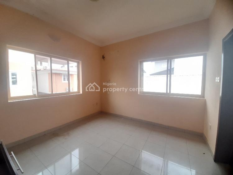 5 Bedrooms Semi Detached Duplex with 2 Rooms Boys Quarter, Lekki Phase 1, Lekki, Lagos, Semi-detached Duplex for Rent