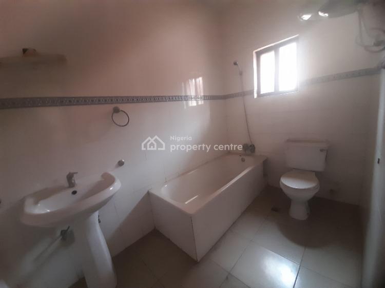 7 Bedroom Detached House and a Room Boys Quarter, Lekki Phase 1, Lekki, Lagos, Detached Duplex for Rent