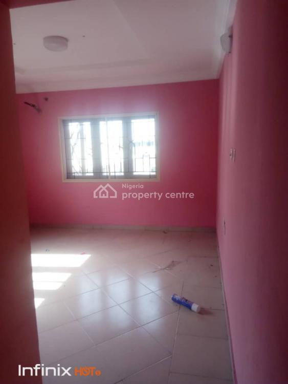 3 Bedroom Upstairs & Downstairs in an Estate, Greenville Estate, Ajah, Lagos, Flat for Rent