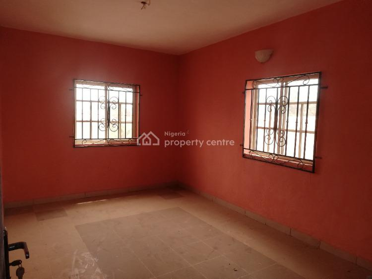 Newly Built & Accessible 3 Bedroom Flat with 4 Toilets and 3 Bathrooms, Ikorodu, Lagos, Flat / Apartment for Rent