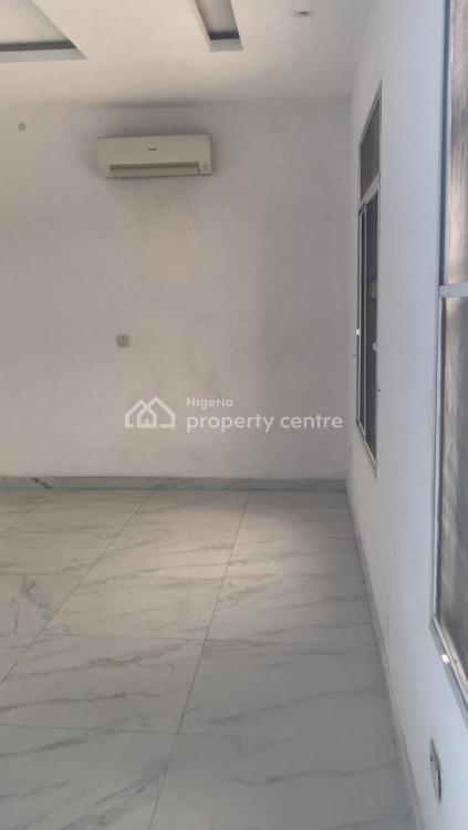 Newly Built 3 Bedroom Apartment with Bq and Spacious Rooms, Lekki Phase 2, Lekki, Lagos, Block of Flats for Sale