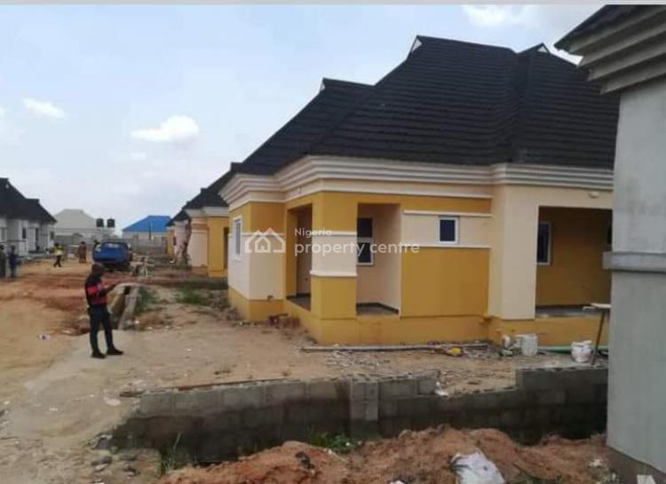 3 Bedroom Bungalow, Mowe Town Road, Mowe Town, Ogun, Detached Bungalow for Sale