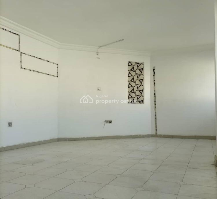 Spacious One Room Office Space, Off Admiralty Road, Lekki Phase 1, Lekki, Lagos, Office Space for Rent