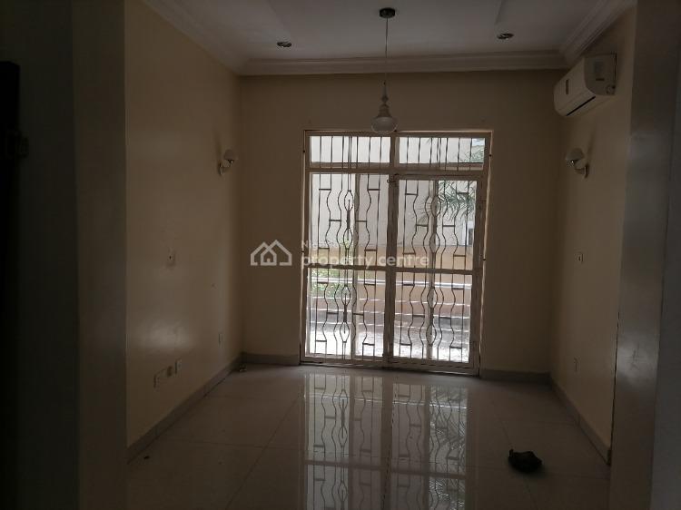 Good 3 Bedroom with Bq, Utako, Abuja, Flat for Rent