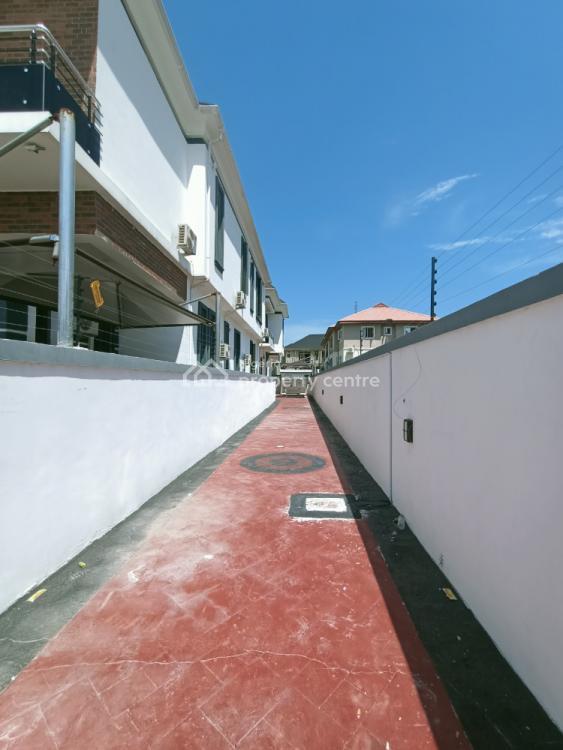 5 Bedrooms Detached Duplex with Boys Quarter, Chevron Drive, Lekki Phase 2, Lekki, Lagos, Detached Duplex for Sale