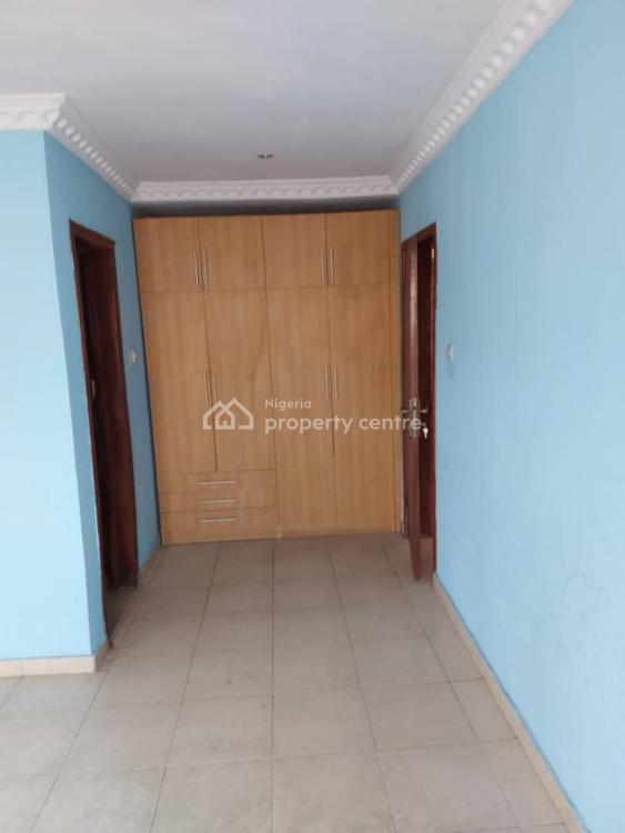 3 Bedroom Ensuite Flat + Balcony, Yaba, Lagos, Flat for Sale