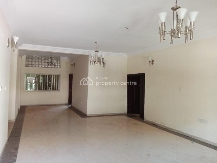 Big and Luxurious 3 Bedroom, Off Adebimpe Drive, Lekki, Lagos, Flat for Rent