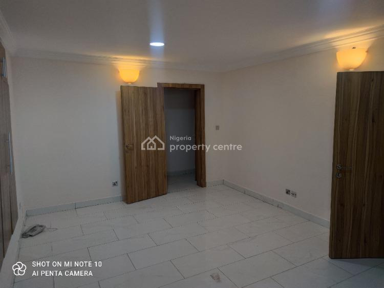 Deluxe 2 Bedroom Penthouse with Elevator, Microwave, Oven, Pool Etc, Shonibare Estate, Maryland, Lagos, Flat / Apartment for Rent