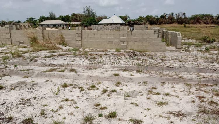Incredible Luxurious Dry and Serene Land at a Developed Location, Lekki, Lagos, Mixed-use Land for Sale