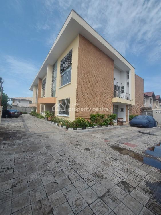 Spacious 4 Bedroom  Terrace Duplex, Lekki Phase 1, Lekki, Lagos, Terraced Duplex for Sale