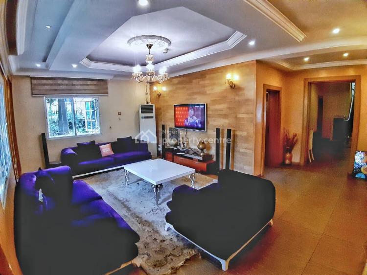 4 Bedrooms, 3 Ensuit Bedroom Bq, 2 Living Room, Ptf Quarters Off Adetokumbo Ademola Crescent, Wuse 2, Abuja, Semi-detached Duplex for Sale