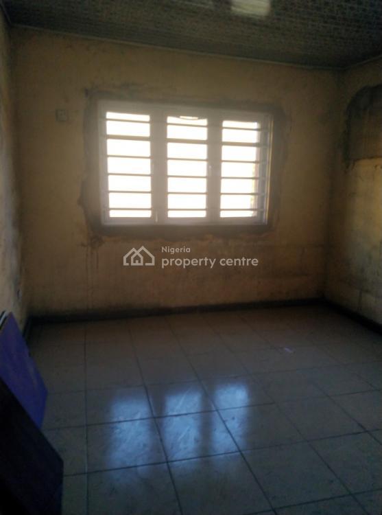 Newly Renovated 3 Bedroom Flat, Off Ogunlana Drive, Ogunlana, Surulere, Lagos, House for Rent